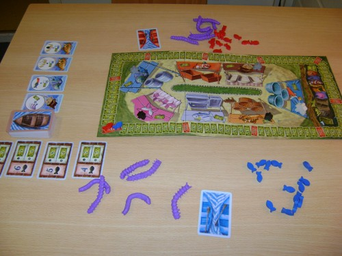 Ready to start a two-player game. The worms (those purple things) are wonderful, squidgy, tactile items